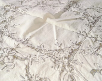 Vintage 1960s hand embroidered cotton coffee table tablecloth tablerunner