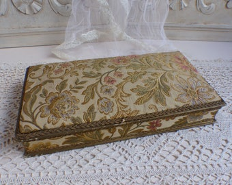 Antique french fabric covered boudoir box. Gold brocade fabric box. Pink blue ivory. Jeanne d'Arc living. Sewing box. Embroidery box