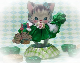 St Patrick's Day Irish Kitty Cat Kitten Decor Vintage Style Bump Chenille Figure Shabby Chic Pipe Cleaner Paper Doll Figurine Paperdoll Gift
