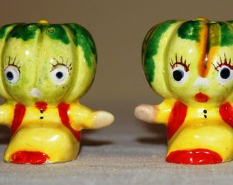 Vintage Cabbage Anthropomorphic Salt and Pepper Shaker Set