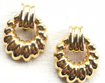 Vintage Gold Clip on Earrings