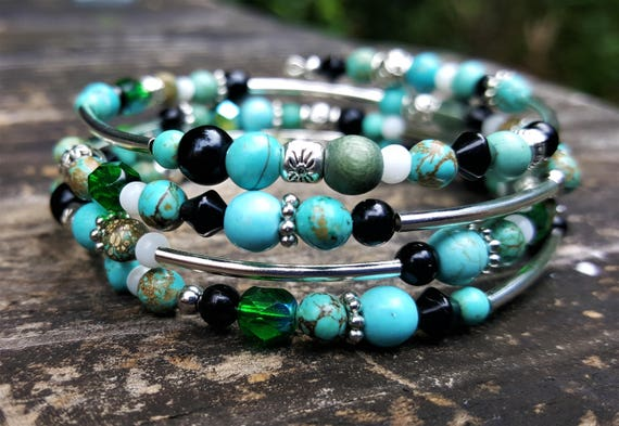 Trix's Rally Night Memory Wire Bracelet: Green, Teal, Silver, Black & White (4 loops)