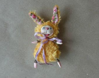 Brooch -ooak Artist Bunny. Your friend funny :)