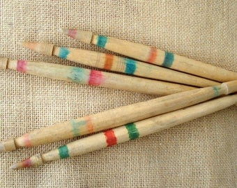 Set of 5 vintage spindles/Vintage Wool Wood Spindles/ Wool Spinning/ Cottage chic/ Farmhous/1960s