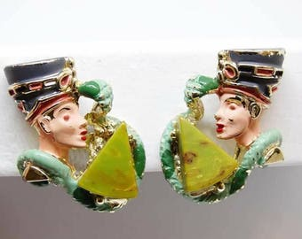 1960s Bakelite Egyptian Revival Nefertiti Cleopatra Serpent Enamel Metal Clip On Earrings Attributed Hobe Book Piece