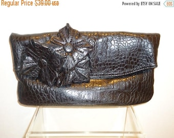 50% OFF Really Nice Vintage Faux Leather Black Crocodile Clutch