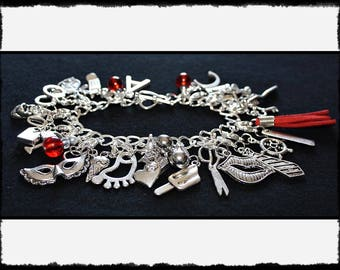 Red Charm Bracelet with Flogger / Whip Charm // Fifty Shades of Grey Inspired // BDSM Gift // Cincuenta Sombras