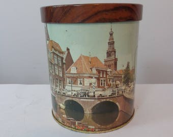 Amphora Pipe Tobacco Tin, Dutch Village Scene Tobacco Tin, Collectible Tobacco Tin, Utrecht holland Douwe Egberts, Holland Tin, Tobacco Tin