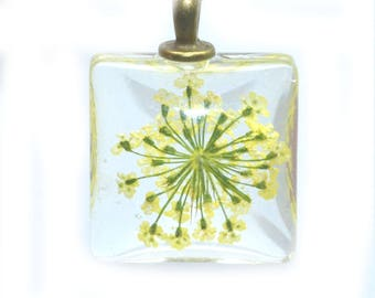 Yellow dried flower glass 20x20mm with bail pendant
