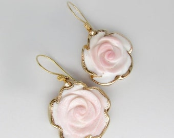 10% OFF gold pink flower earrings, conch shell earrings, rose flower earrings, 24k gold hand carved pink shell flower earrings, pale pink ea