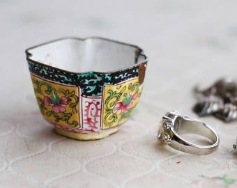 Little Oriental cup - Ring Holder - Porcelain on Copper Antique Miniature Bowl