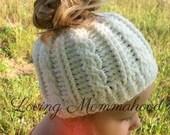 GIRLS Messy Bun Hat / Kids Messy Bun Hat / Cable Knit Bun Hat / Bun Hat / Messy Bun Hat / Ponytail Hat / Girls Ponytail Hat / Messy Bun