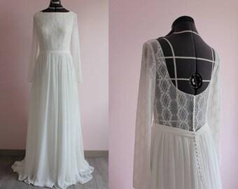 Boho wedding dress/ Long sleeves lace chiffon wedding dress/ bohemian wedding dress/ with train/ flowy/ Robe de mariée bohème