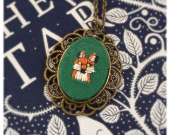 Embroidery fox necklace set in antique bronze cabochon