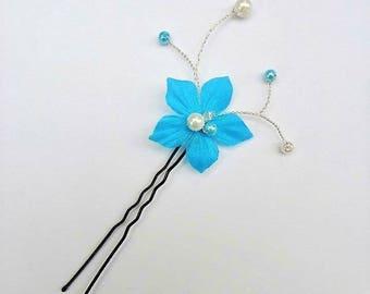 Bridal fascinator, bun, turquoise silk flower - white wedding - ivory