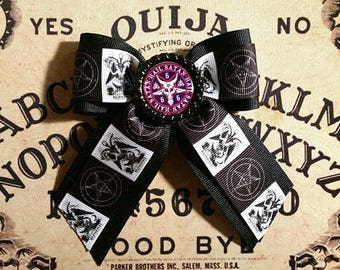 Hail Satan Baphomet Satanism Bow