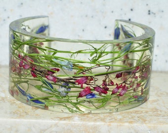 Bracelet with real forest flowers