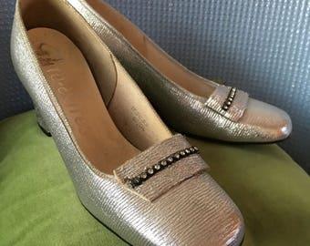 Vintage 1960s Silver Nite-Aires Slip On Evening Shoes with Diamanté Trim-Size 5 1/2-GC