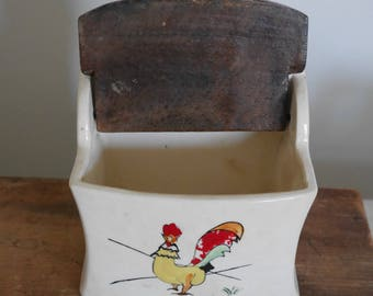 Vintage Ceramic Salt Box - 5.00 SHIPPING