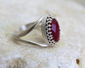 Red Stone Ring, Silver Crown Ring, Red Jade, Princess Crown Ring, Big Stone Ring, King Ring, Queen Ring, Silver Rings, Jade Ring