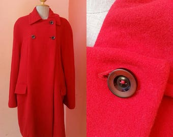 Vintage Red Wool Coat With Long Sleeve