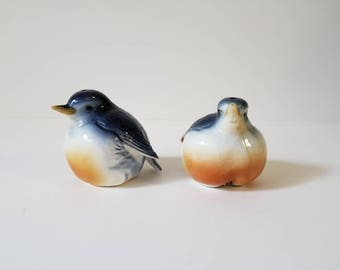 Vintage Salt and Pepper Sparrow Shakers