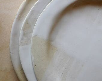 3 white patches stoneware plate set