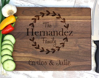 Cutting Board - Engraved Cutting Board - Wreath and Family Name