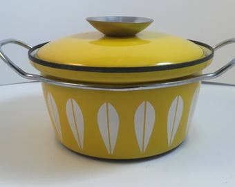 Vintage Retro Mid Century Modern Cathrineholm Yellow Lotus Enamel Small Dutch Oven Pot