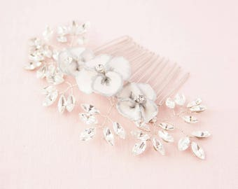 Gilded Blossoms Comb Silver, Wedding Hair Accessories, Hair Combs, Hair Accessories, Silver Hair Accessories, Bridal Comb, Flower Hair Comb