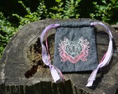 Embroidered Pouch - Wolf