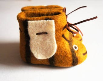 "Felted shoes ""Bees"" Felted slippers Wool shoes Felted shoes House shoes Felt boots Baby shoes Kids boots Felted baby shoes Valenki"