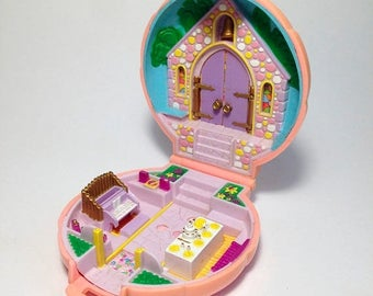 "ON SALE Polly pocket ""Bridesmaid Polly"""