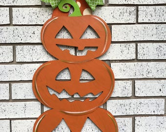 Pumpkin door hanger, Halloween Door Hanger, Jack-O-Lantern door hanger, pumpkin wreath, halloween wreath, fall wreath