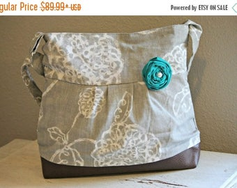 CHRISTMAS SALE Concealed Carry Purse, Medium Messenger Bag, Grey Flowers, Conceal Carry Handbag, Concealed Carry Purse, Conceal and Carry, S