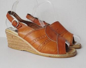 70s Vintage Naturform Sandals // Woerishofer // Tan Leather // Wedges // Size 39