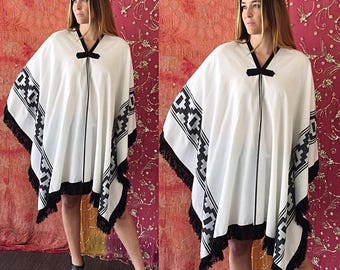 Sale Mexican Poncho Mexican Blanket Poncho Ethnic Poncho Fringe Poncho Vintage 70s Mexican Poncho