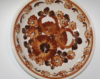 Vintage decorative folk plate Big hand painted traditional wall dish floral White Brown Flowers Polish pottery Wall hanging Polish ceramics