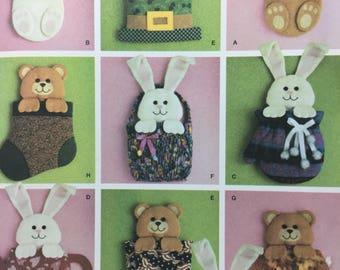 Simplicity 4389 Holiday Door Decoration, Bear, Bunny, Mitten, Teapot,Hat, Basket, Pumpkin, Stocking, Holiday Decoration, Easter Decoration