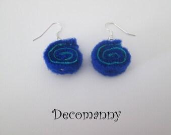 Boucles d'oreilles roll up feutrine bleu cobalt et turquoise