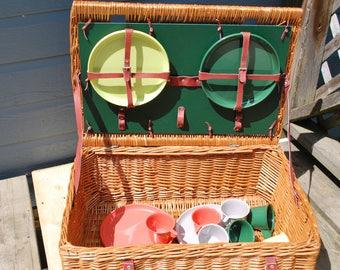 1960s Large Wicker Picnic Basket, Including Dinnerware Set , Picnicware , Camping Basket , Serving 8 Plasticware