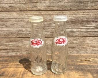 Vintage Glass Pepsi Cola Bottle Salt And Pepper Shakers Soda Pop Advertising Retro