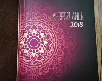 Annual Planner 2018-Monthly & Weekly Overview, Tracker-FoldOut