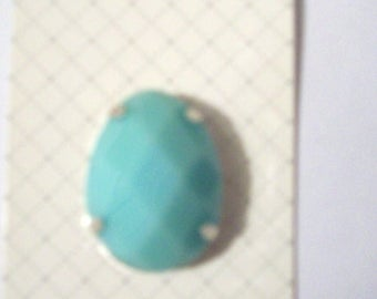 green pendant stone jewellery making green plastic stone inset in silver edging jewelry making