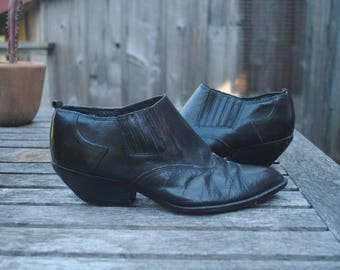 Vintage 1980's western black leather ankle boots woman's size 8