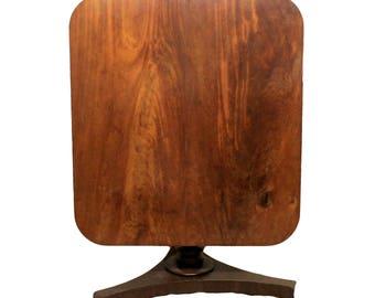 Victorian Antique Mahogany Tilt Top Table