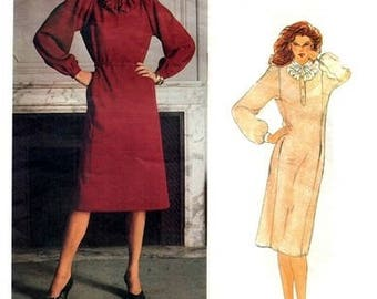 Vogue 2727 Demure Dress, Belt & Jabot by Designer Geoffrey Beene / ca. 1982 SZ10 UNCUT