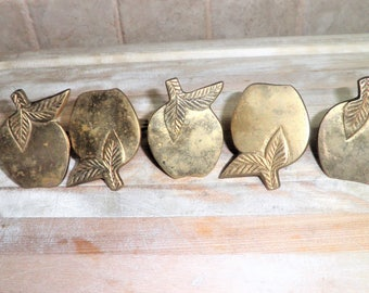 5 Vintage brass apple shaped napkin rings
