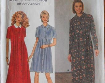 Simplicity 7388.  Misses loose fitting dress.  Front pleat dress.  Maternity fashions.  1995 pattern.  Size 12-16.  Unused.