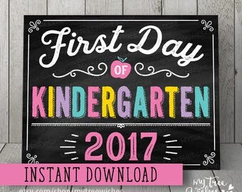 First Day of Kindergarten Sign - First Day of Kindergarten Chalkboard - First Day of School Chalkboard Sign - First Day of School Printable